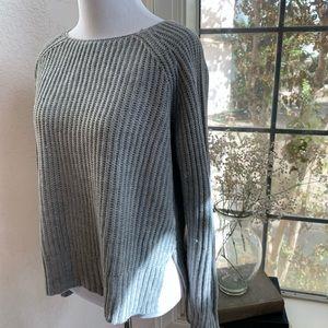 Rue21 gray knit long sleeve sweater